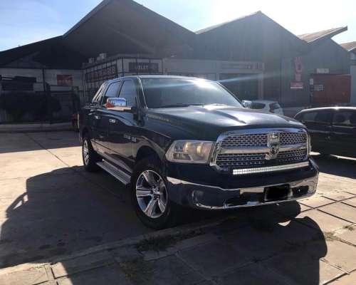 Dodge RAM 1500 Laramie AT. año 2015