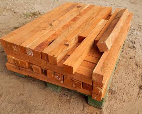 Postes Quebracho Colorado Aserrados Maderas Tranqueras