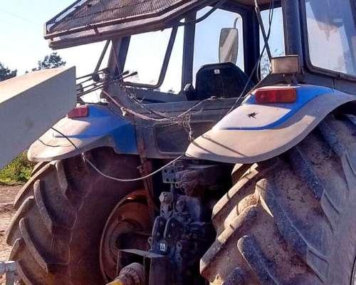 Tractor New Holland TM 150, Mod. 2005, Cabina Soid