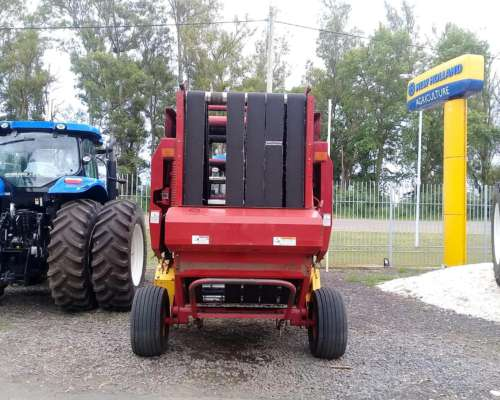New Holland BR 7070 2008