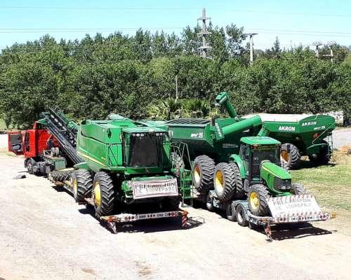 Servicio Transporte de Carreton para Maquinaria Agricola