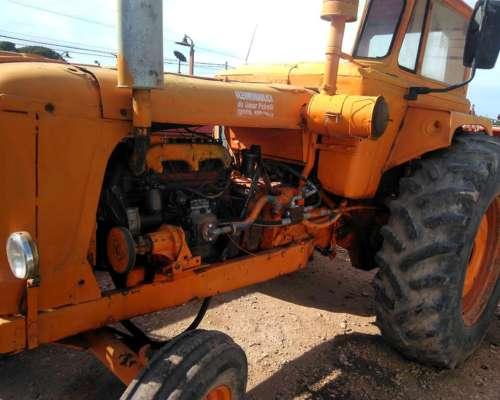 Tractor Fiat 780 con Perkins 6305
