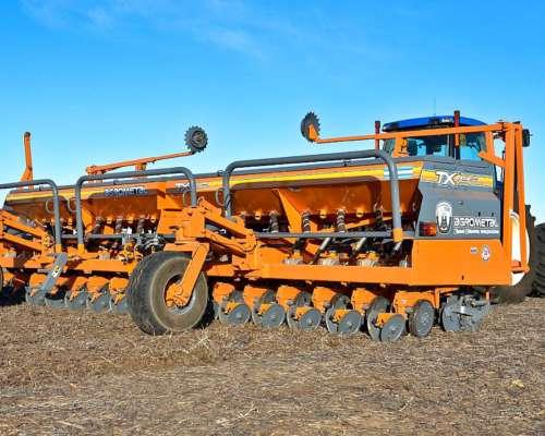 Sembradora de Granos Gruesos Agrometal TX Mega 1635
