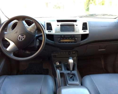Hilux 4X4 SRV Automatica con Cuero