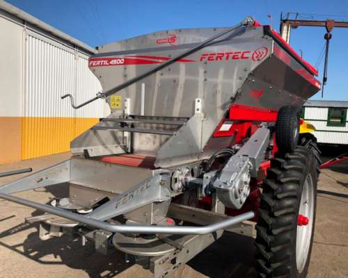 Fertilizadora Fertec 4500 Serie 5, Disponible