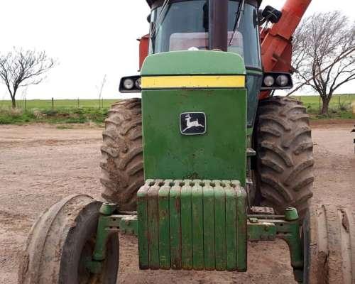 Tractor John Deere Mod 4930