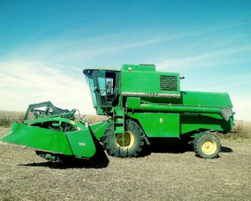 Johon Deere 1175 a año 98 23 Pies Impecable