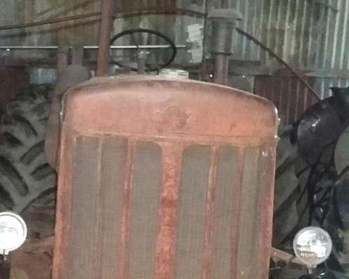 Vendo Tractor Hanomag R55