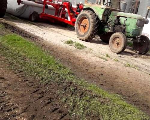 Tracror Deutz Usado con Hidraulico y Arranque AN
