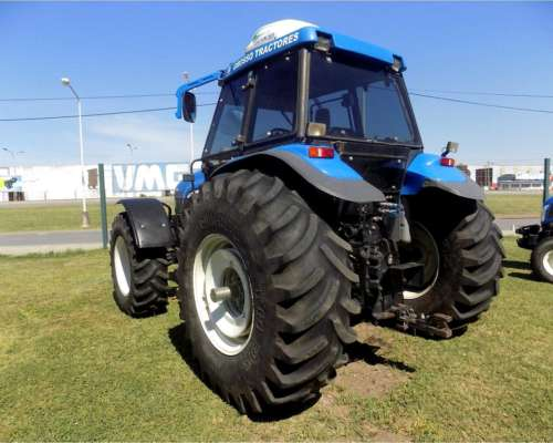 Tractor New Holland TM 150, año 2005