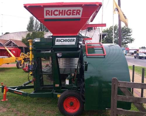 Embolsadora Quebradora Richiger 950