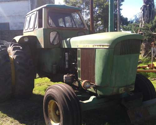 Tractor JD 5020 con Duales