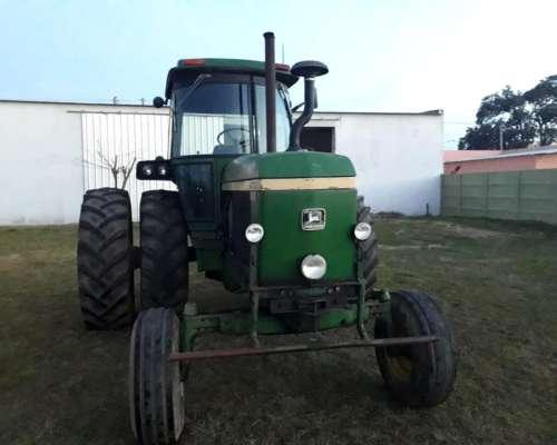 Tractor John Deere 4730