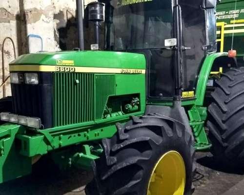 Tractor John Deere 6600 año 97