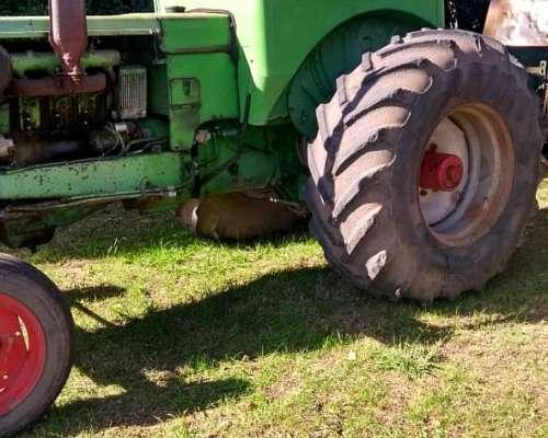 Tractor Deutz 85 .