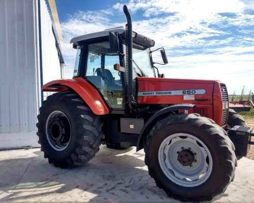Tractor Massey Ferguson 650 año 2005