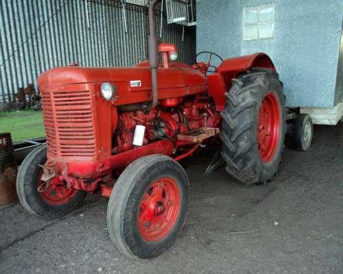 Tractor MAC Cormick, Motor de Fiat 800 Unico