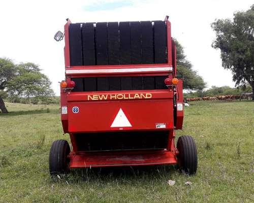 Rotoenfardadora New Holland 664
