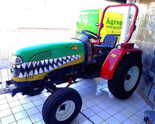 Tractor Agricola 25hp Diesel 4X2