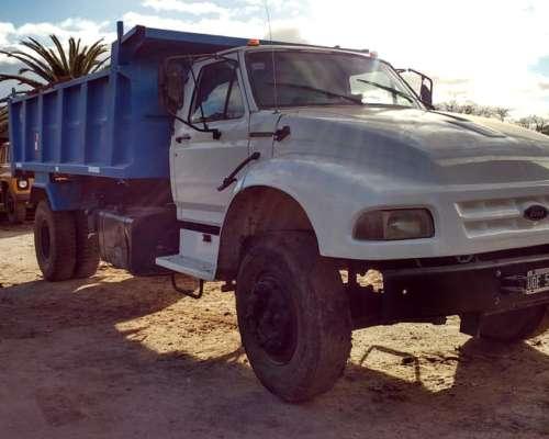 Ford F-14000, con Volcadora Bahco 0 km