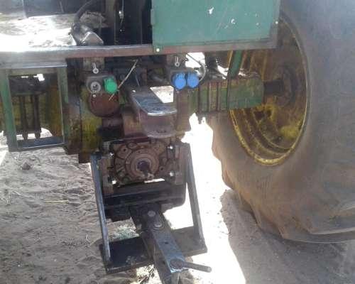 Tractor John Deere 4530,usado.