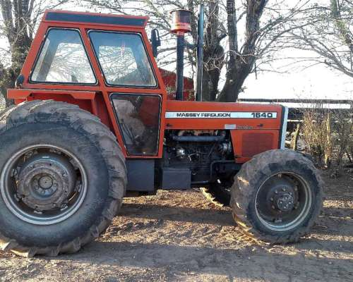 Tractor Massey Ferguson 1640 Doble Tracción
