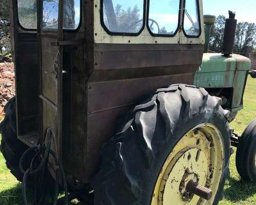 Tractor John Deere 730 Hidralico y Toma de Fuerza