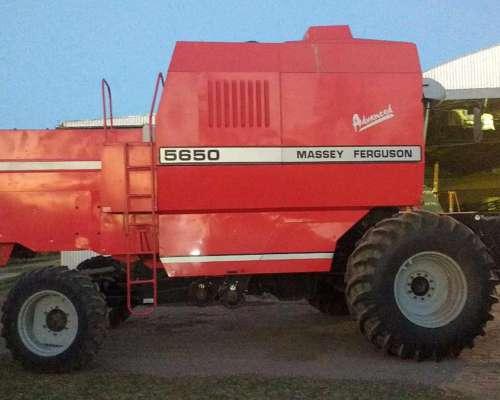 Cosechadora Massey Ferguson 5650. Impecable