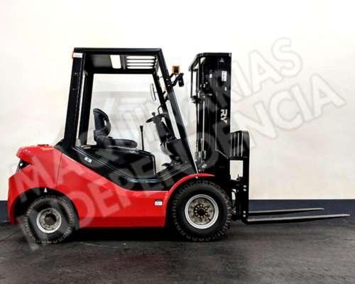 Autoelevador Royal Diesel 2500 Kg Desplazador 0km