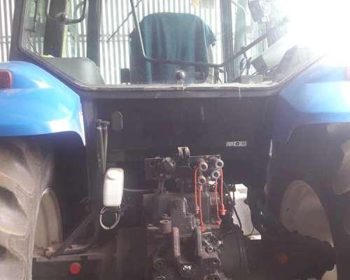 New Holland TM 150 Como Nuevo