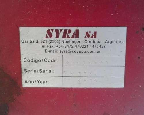 Fertilizadora Syra año 2007 - 3.000lts - 2 Platos - Balancin
