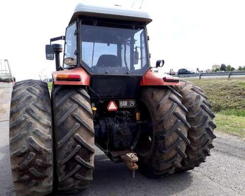 Agrinar T120 4x4, año 2006, Rod. Dual 18.4x38 muy Bueno
