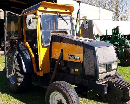 Tractor Valtra B M 75 con 3 Puntos