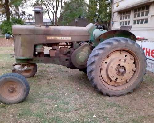 Tractor Jhon Deere 730