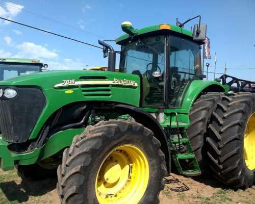 Tractor John Deere 7815 año 2006 con Piloto Automatico