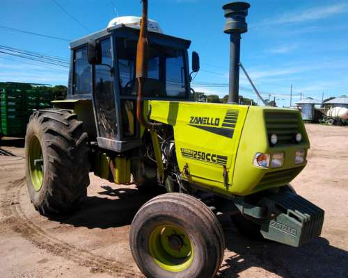 Tractor Zanello 250 con 23/1/30 Climatizador