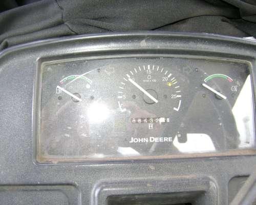 Tractor John Deere 5705 (C)