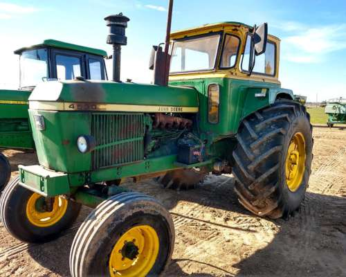 Tractor John Deere 4530 TS.