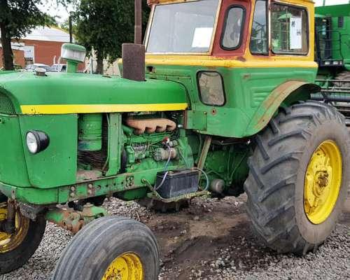 Tractor John Deere 2420 2 WD