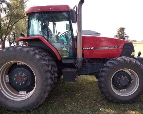 Tractor Case MX135 Doble Tracción