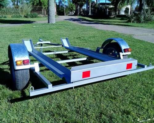Trailer M200 para Dos Motos, 350kg.