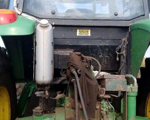 Tractor John Deere 7515 DT Rodado Simple