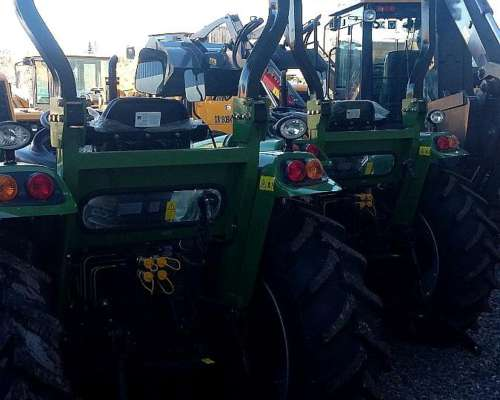 Tractor 70 / 75 / 80 HP 4X4 Tipo New Holland / Massey / Case