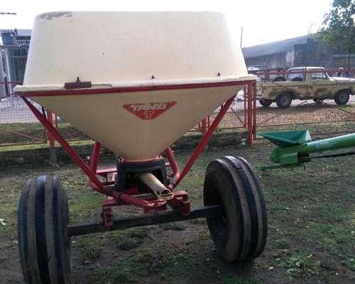 Fertilizadora Tanzi 1500 Litros