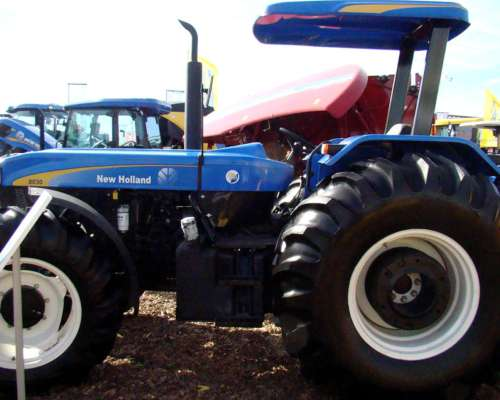 Tractor New Holland 8030 4X4 122 CV Nuevo
