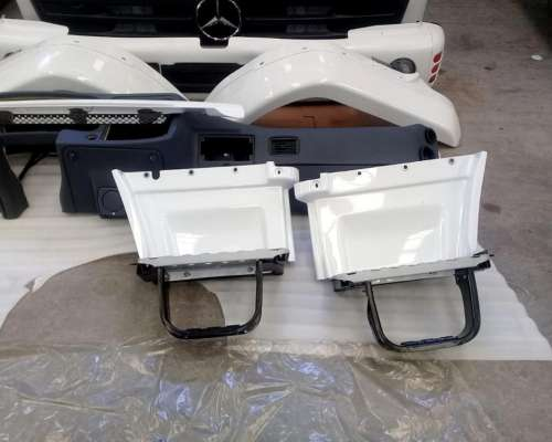 Paragolpe Mercedes Benz 1720 Completo Kit Original Blanco