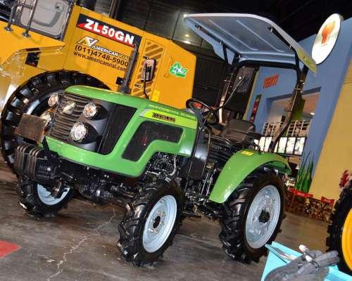 Tractor 30 HP 4X4 para Quintas con Rotovator Tipo Hanomag