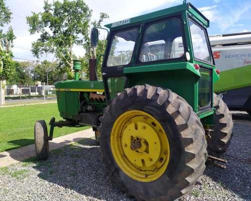 Tractor John Deere 3420 año 1973