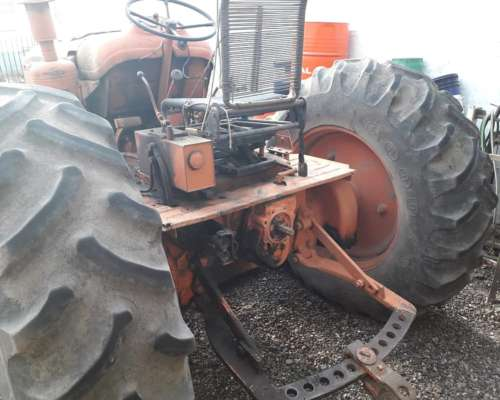Tractor Fiat 780, Carhue