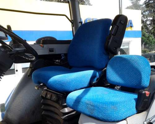 Tractor New Holland T8 325